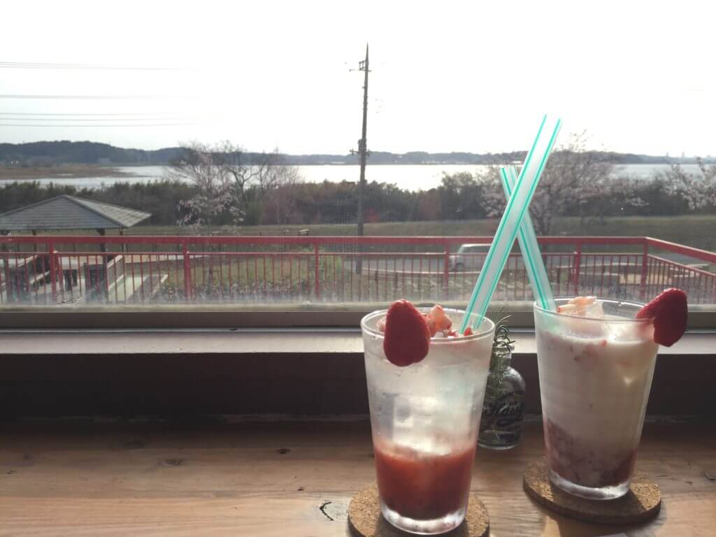numa cafe (ヌマカフェ)