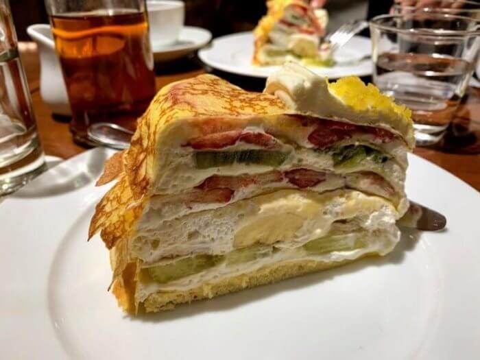 『ハーブス アトレ吉祥寺店 』大きなケーキの駅ちかカフェ