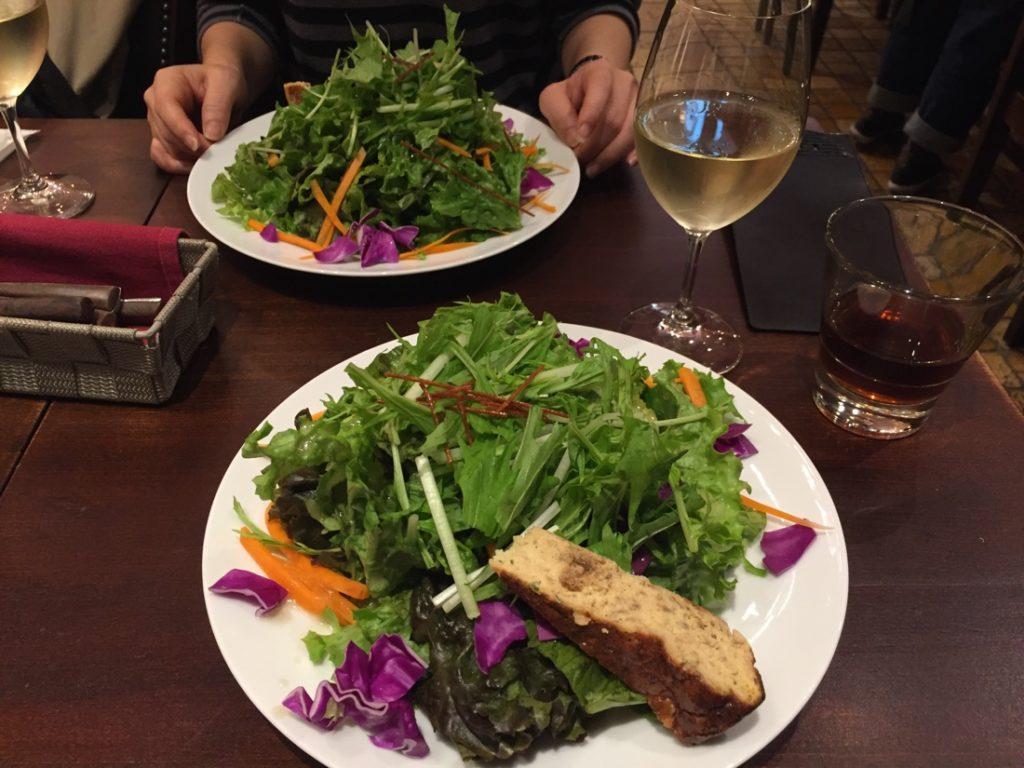 『ワインバル 八十郎 上野パルコヤ店』人気バルでボリュームランチ