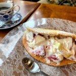 『プリプリ』柏の老舗カフェでフルーツたっぷりオムレット