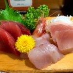 『食事処かどや』焼津の人気和食店で新鮮お刺身と名物まぐろカマ焼き