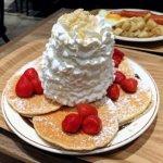 『Eggs'n Things Coffee柏高島屋(エッグスンシングス コーヒー)』クリームたっぷりハワイのパンケーキ
