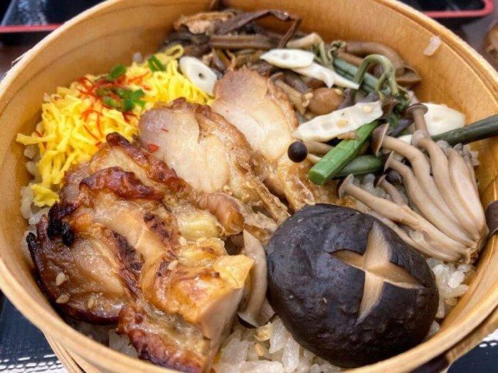 安達太良SA・下り『あだたら亭』で朝定食と会津の郷土料理わっぱめし