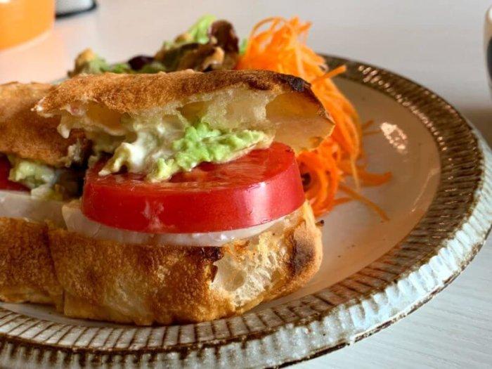 新松戸『カフェメリメロ』自家製天然酵母パンのふわもちサンドウィッチ