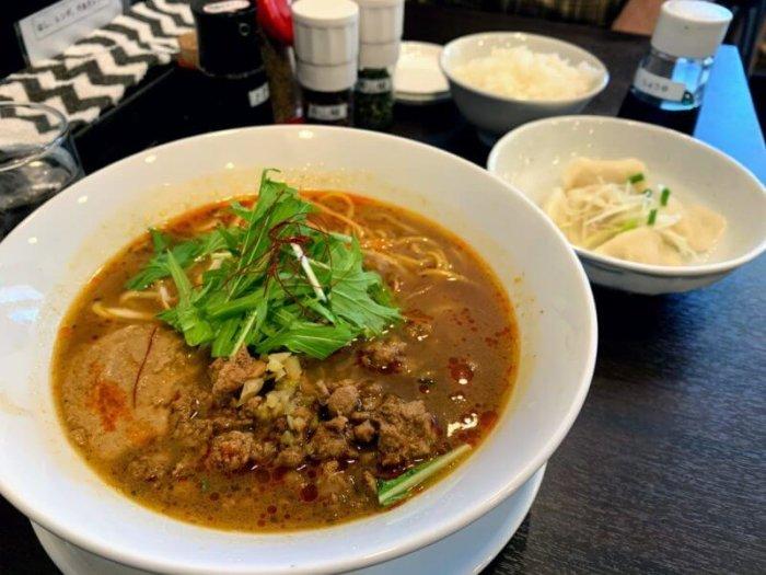 『柏担々麺』ごまと山椒香る、こだわりスープの担々麺専門店