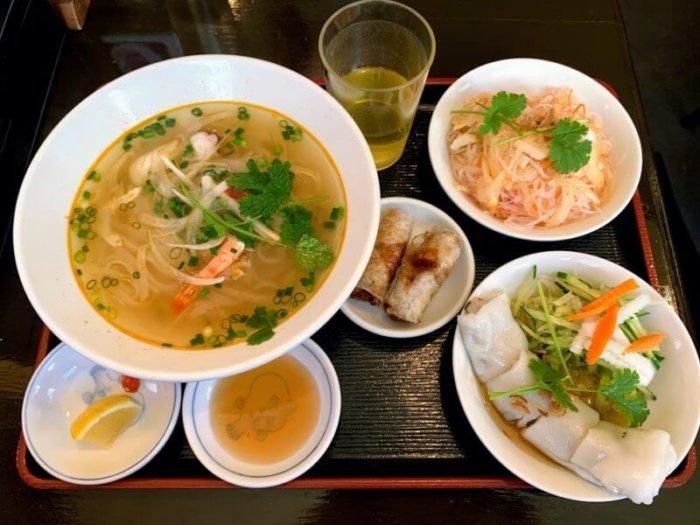 『フォー ベト池袋西口』ベトナム料理の定番フォー&前菜付きランチ