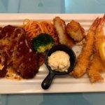 『レストラン こはく』松戸の洋食屋さんでハンバーグとエビフライ