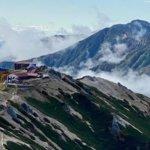 『燕山荘』北アルプス燕岳登山で人気の山小屋