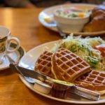 『COFFEE HOUSE とむとむ つくば店』ワッフルモーニングと自家焙煎のサイフォンコーヒー