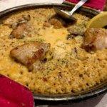『スペイン食堂 フェスタマリオ』絶品!ポルチーニ茸香るチーズクリームパエリア