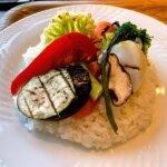『カフェウォール (Cafe WOL)新柏』地場野菜と大きなお肉のビーフカレー