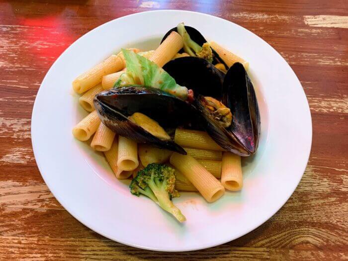 『イタリア郷土料理 エヴィーバ!柏』具だくさんで野菜も取れちゃうパスタランチ