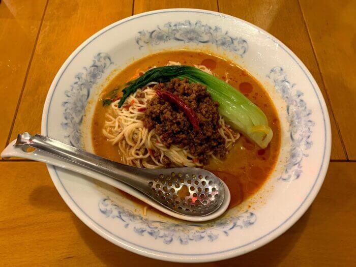 『揚州商人 流山おおたかの森S・C FLAPS店』細めの麺がスープに絡む冷しタンタン麺